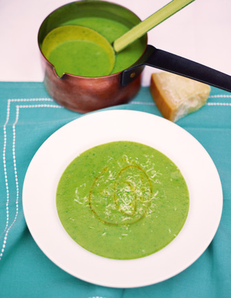 Courgette & basil soup:Gennaro's Family Favourites