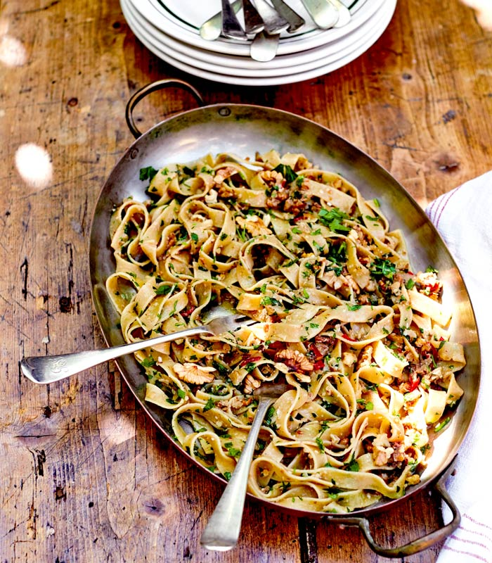 Pasta Perfecto: Wholemeal Tagliatelle with Anchovies and Walnuts