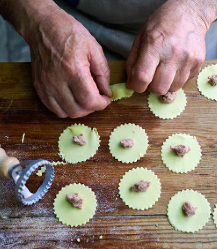 Gennaro preparing filled pasta